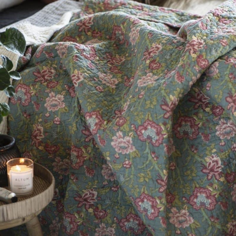 Blommig quilt